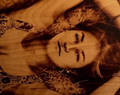 портрет на дереве на заказ в Перми
